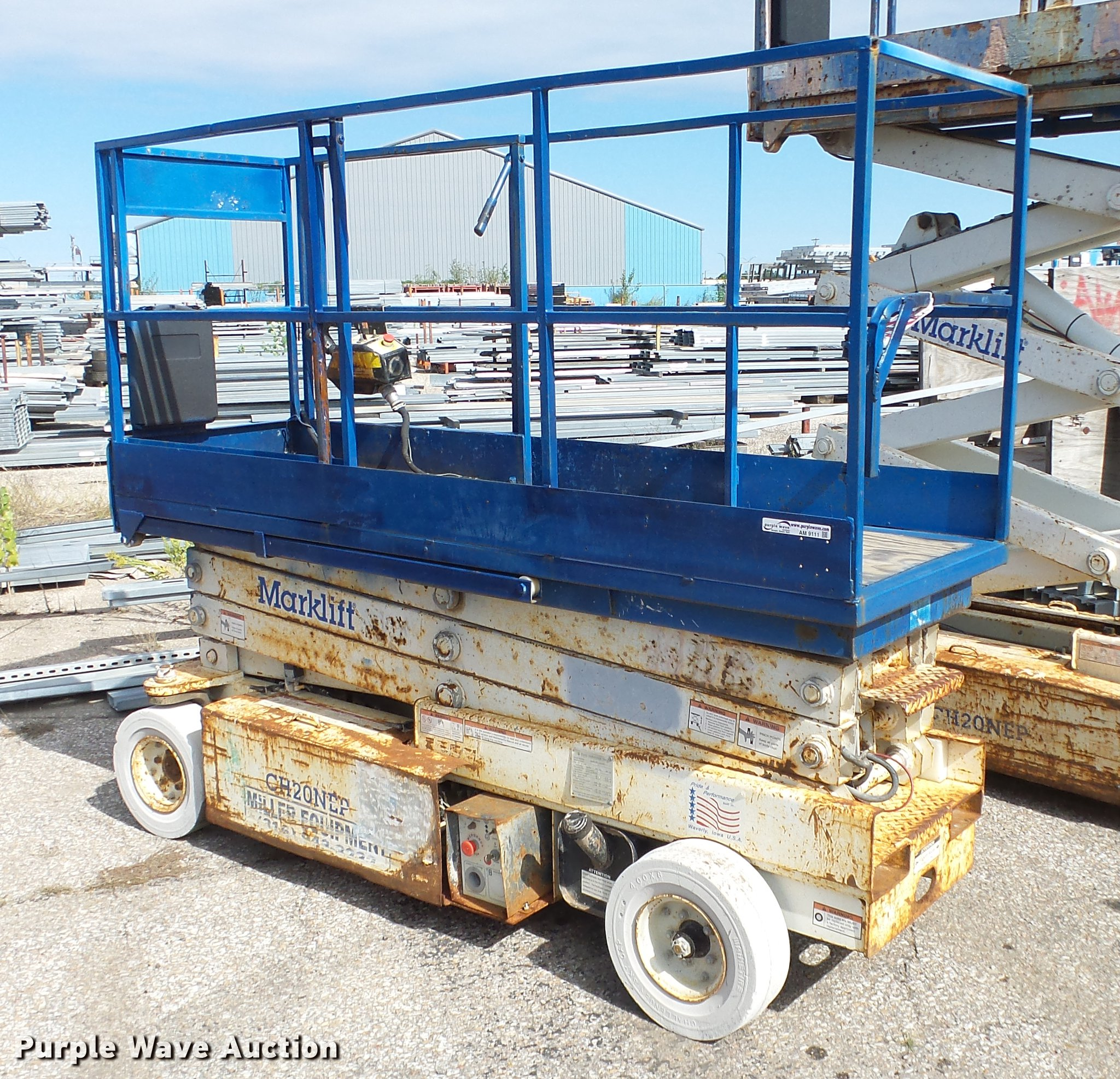 AM9111 image for item AM9111 Mark Lift CH20NEP scissor lift