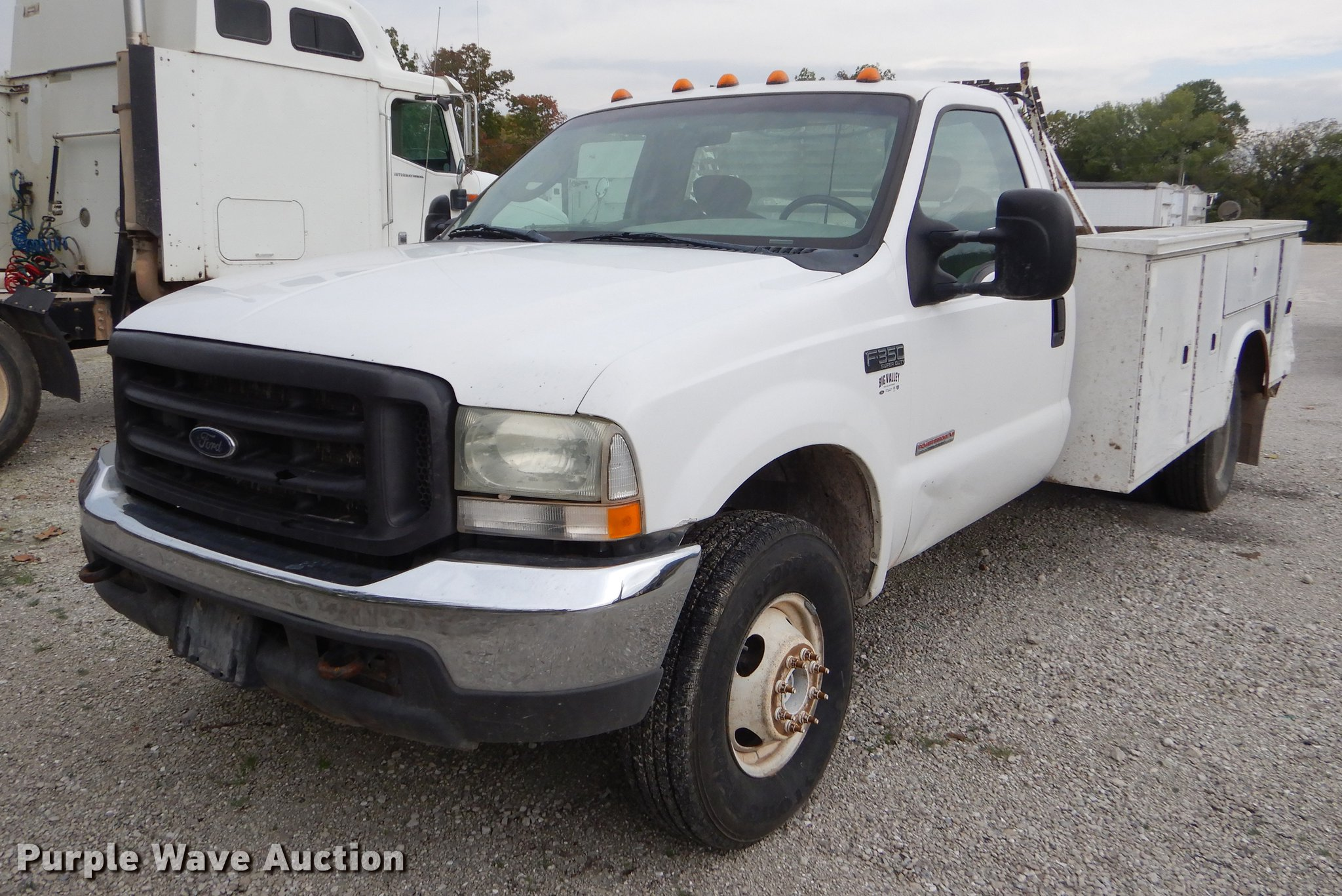 2004 Ford F350 Super Duty Utility Bed Pickup Truck Item Eo Eo9654 Image For