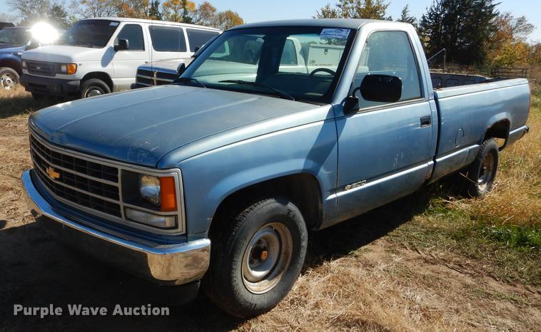 1988 Chevrolet 1500 Pickup Truck Item Df1899 Sold Novem
