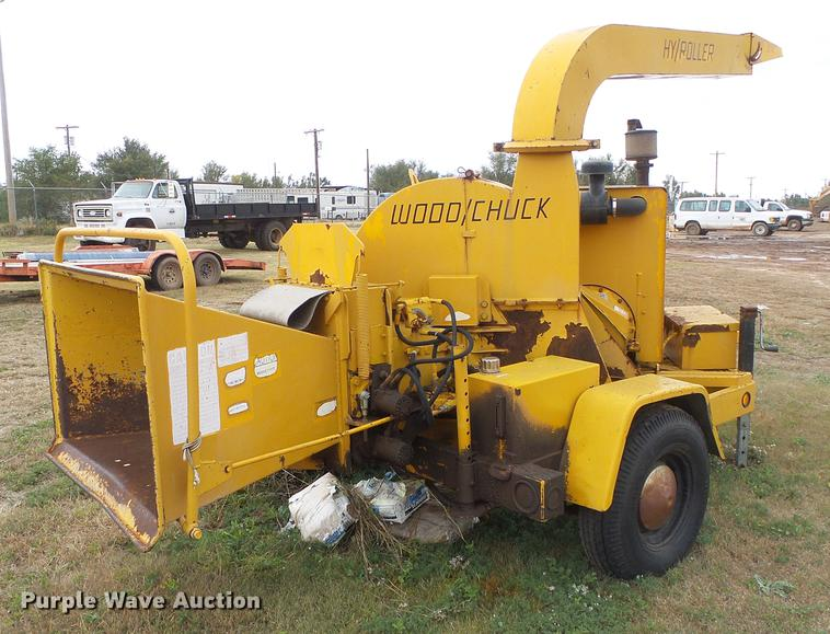 Wood Chuck 236D Hy/Roller wood chipper | Item DF2819 | SOLD!