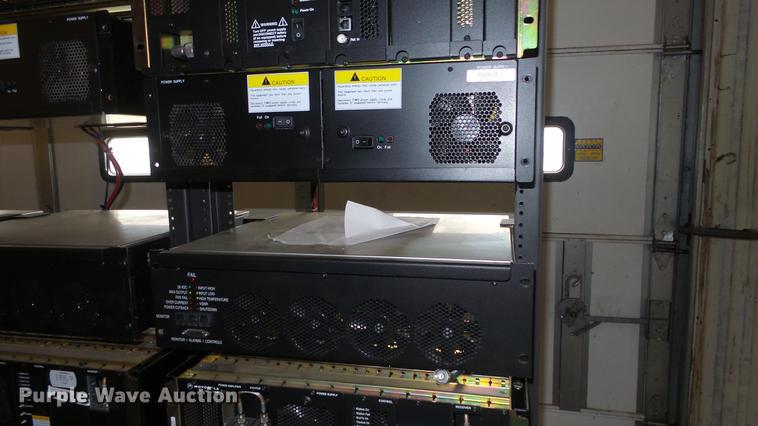 6) Motorola Quantro T5365A radio repeaters   Item FO9080  