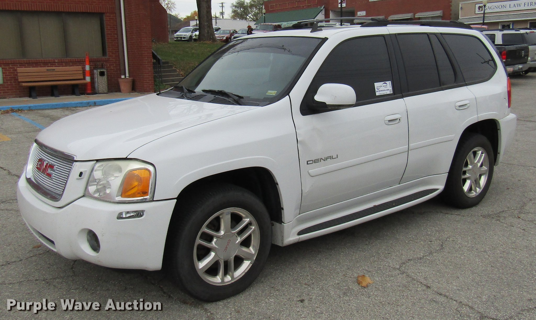2006 Gmc Envoy Denali Suv In Cameron Mo Item De5892 Sold Purple Wave