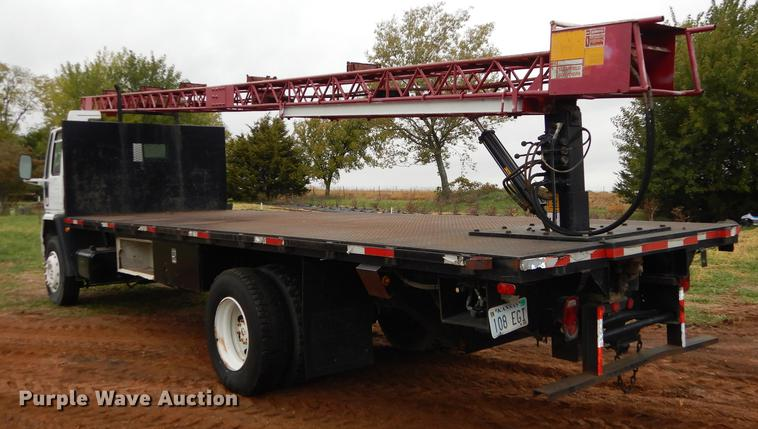 1987 Ford Cargo 8000 shingle conveyor truck | Item DF1924 |