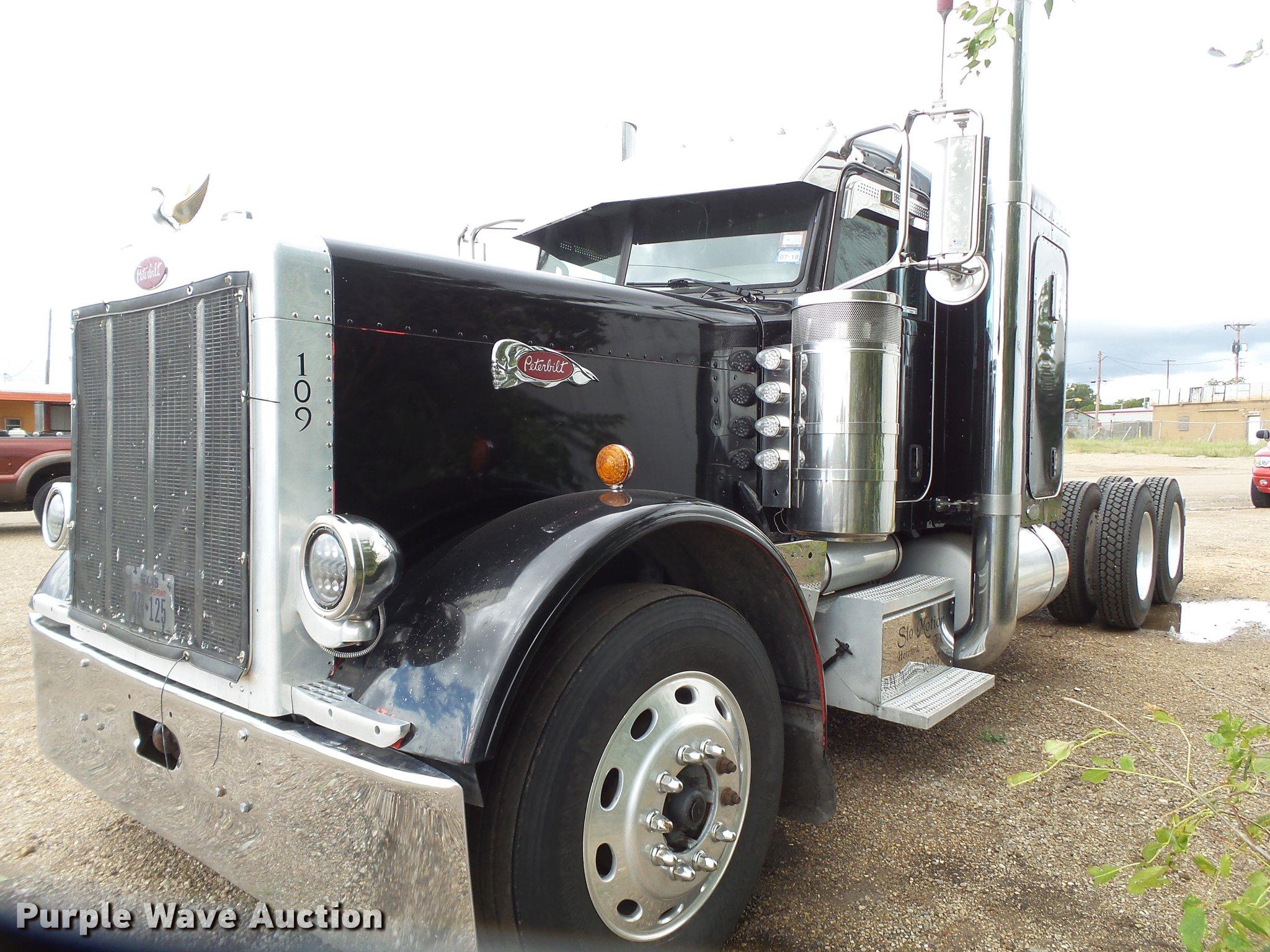 2007 Peterbilt 379 semi truck | Item EI9664 | Thursday Novem