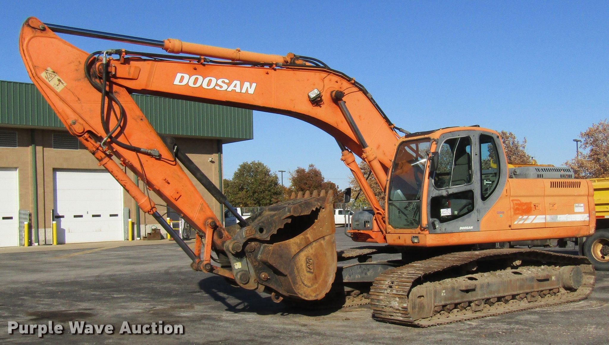 2008 Doosan DX255LC excavator   Item DE5896   Tuesday Decemb