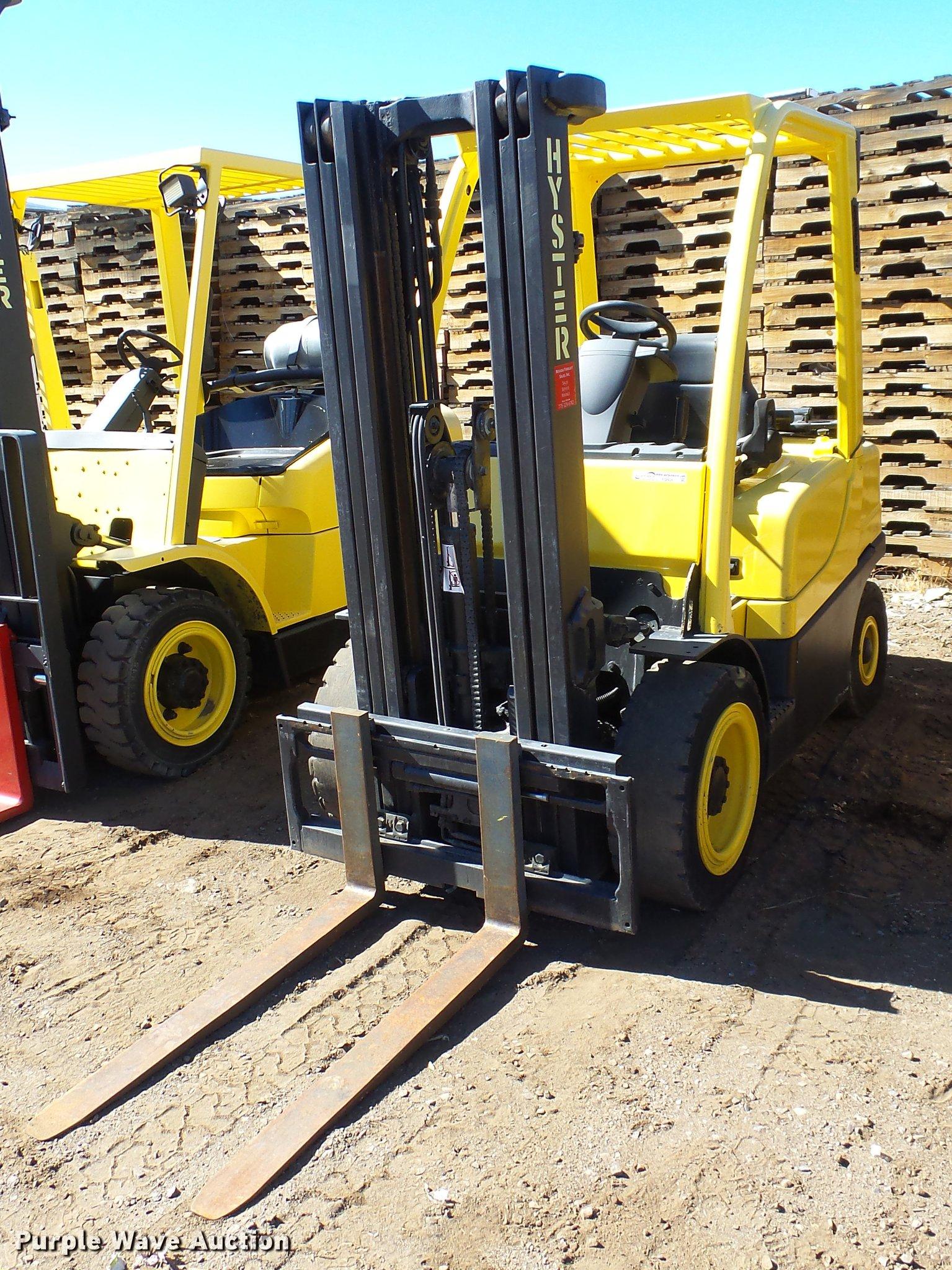 FQ9267 image for item FQ9267 2007 Hyster H50FT forklift