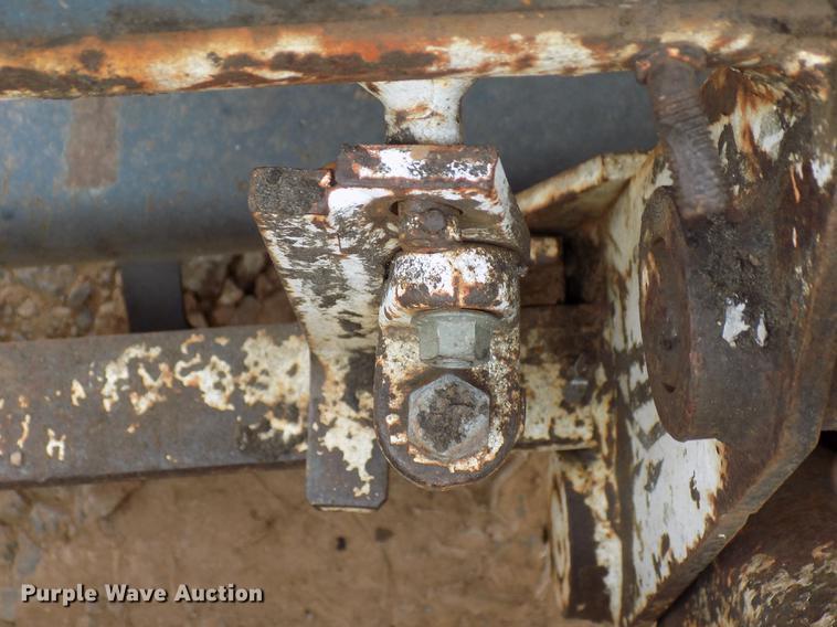 1975 Bobcat M-825 skid steer | Item DD3511 | Thursday Decemb