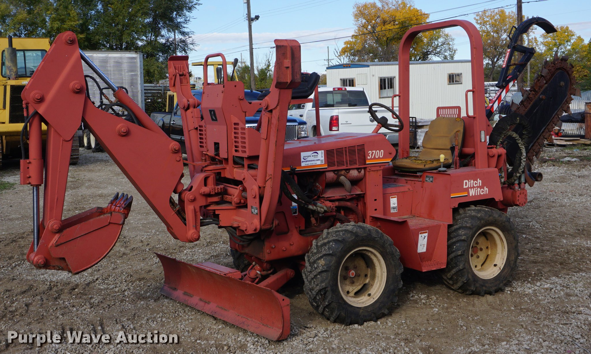 DF1567 image for item DF1567 1999 Ditch Witch 3700DD trencher