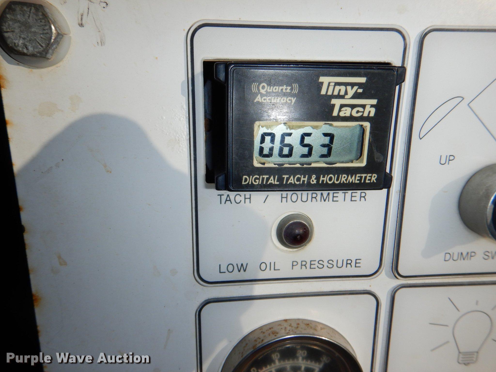 2008 E H Wachs Trav-L-Vac vacuum trailer | Item DF1623 | Tue