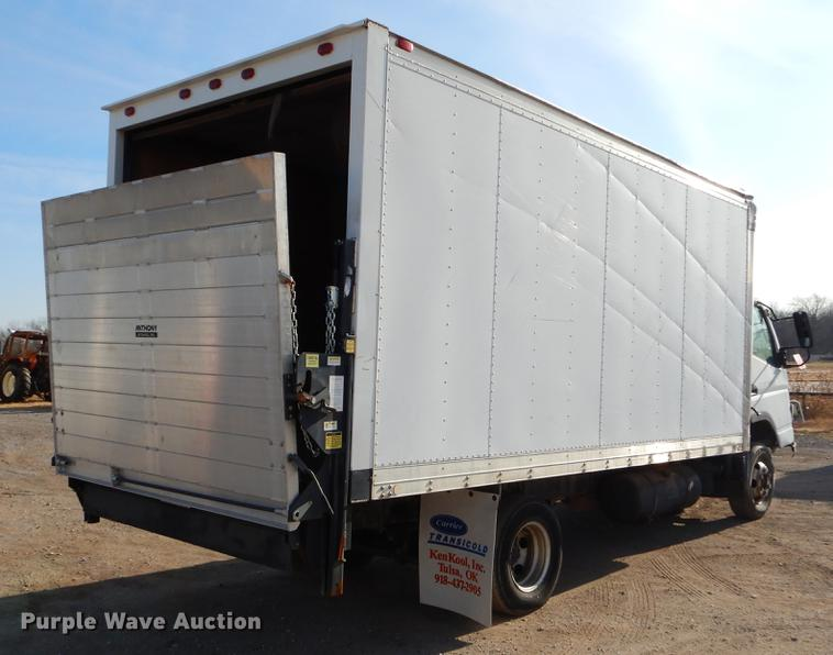 2005 Mitsubishi Fuso FE box truck | Item ER9324 | Wednesday