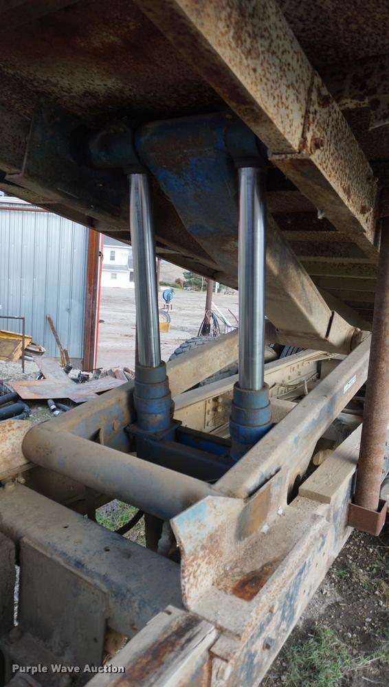 Harsh RL112 dual ram hoist | Item EJ9497 | SOLD! December 27