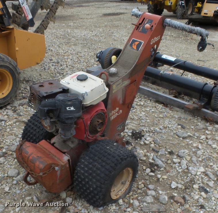 Ditch Witch 100SX vibratory plow | Item DG2867 | SOLD! Decem
