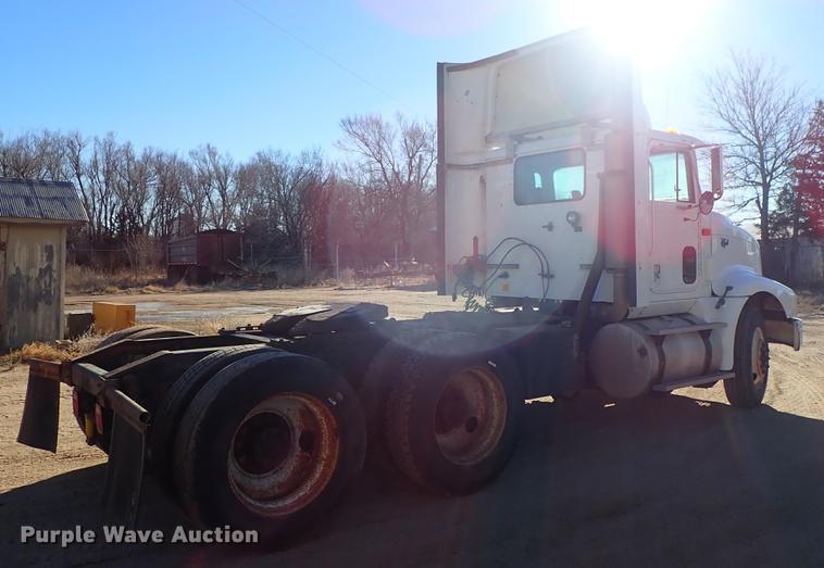 1999 International 9400 semi truck   Item DG2927   Tuesday J