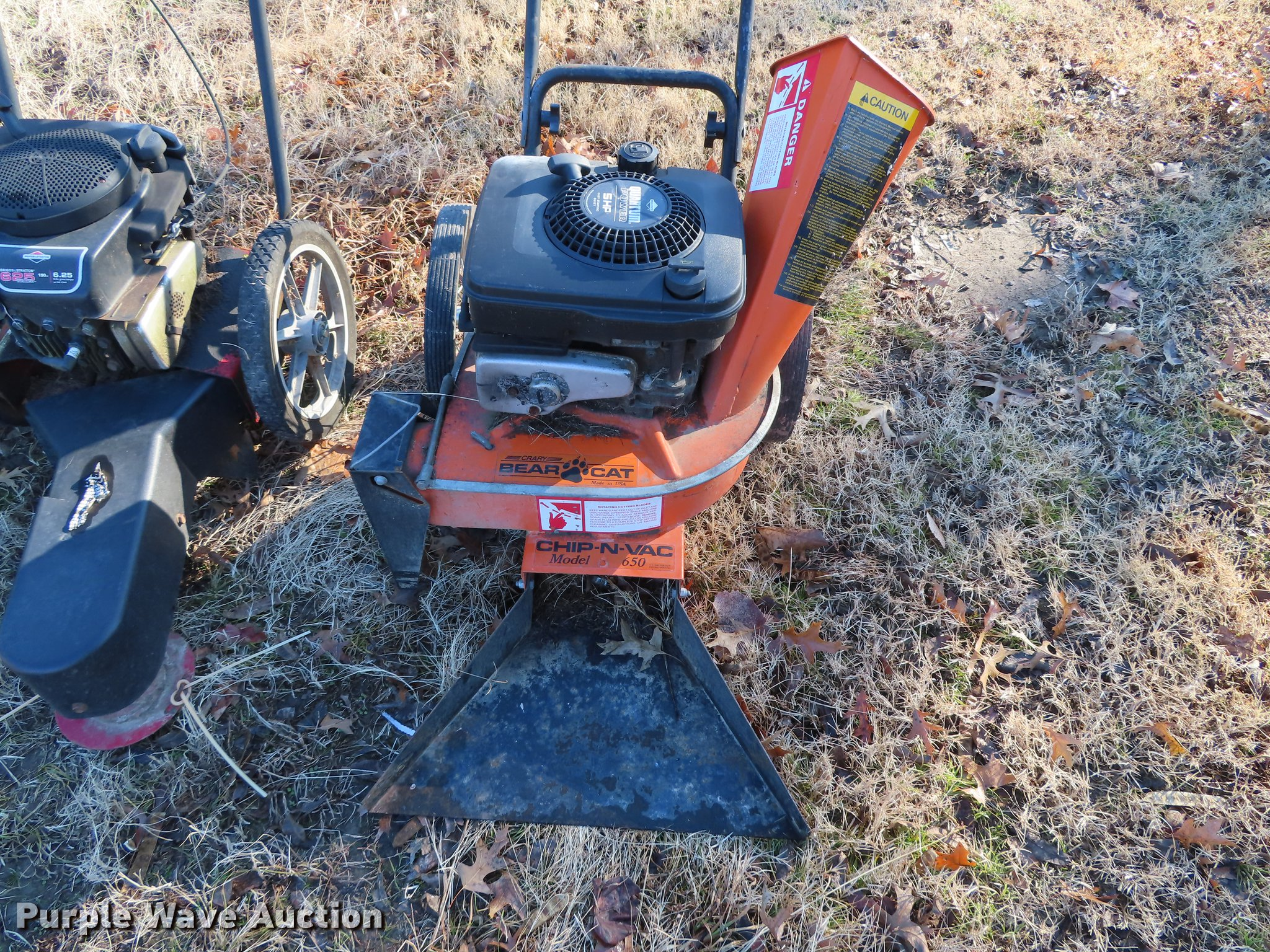 Lawn equipment | Item DN9149 | Wednesday January 30 Vehicles