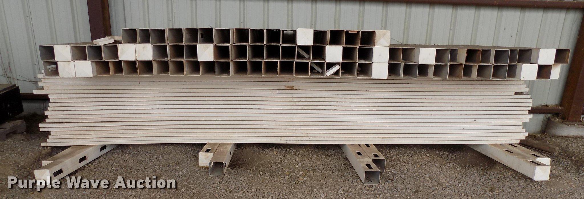 2,160' of poly fence | Item FQ9218 | Tuesday February 19 Gov