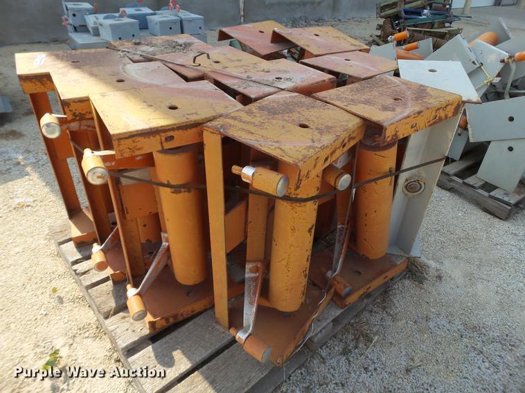 (2) pallets conveyor belt rollers | Item EI9640 | 2-27-2019