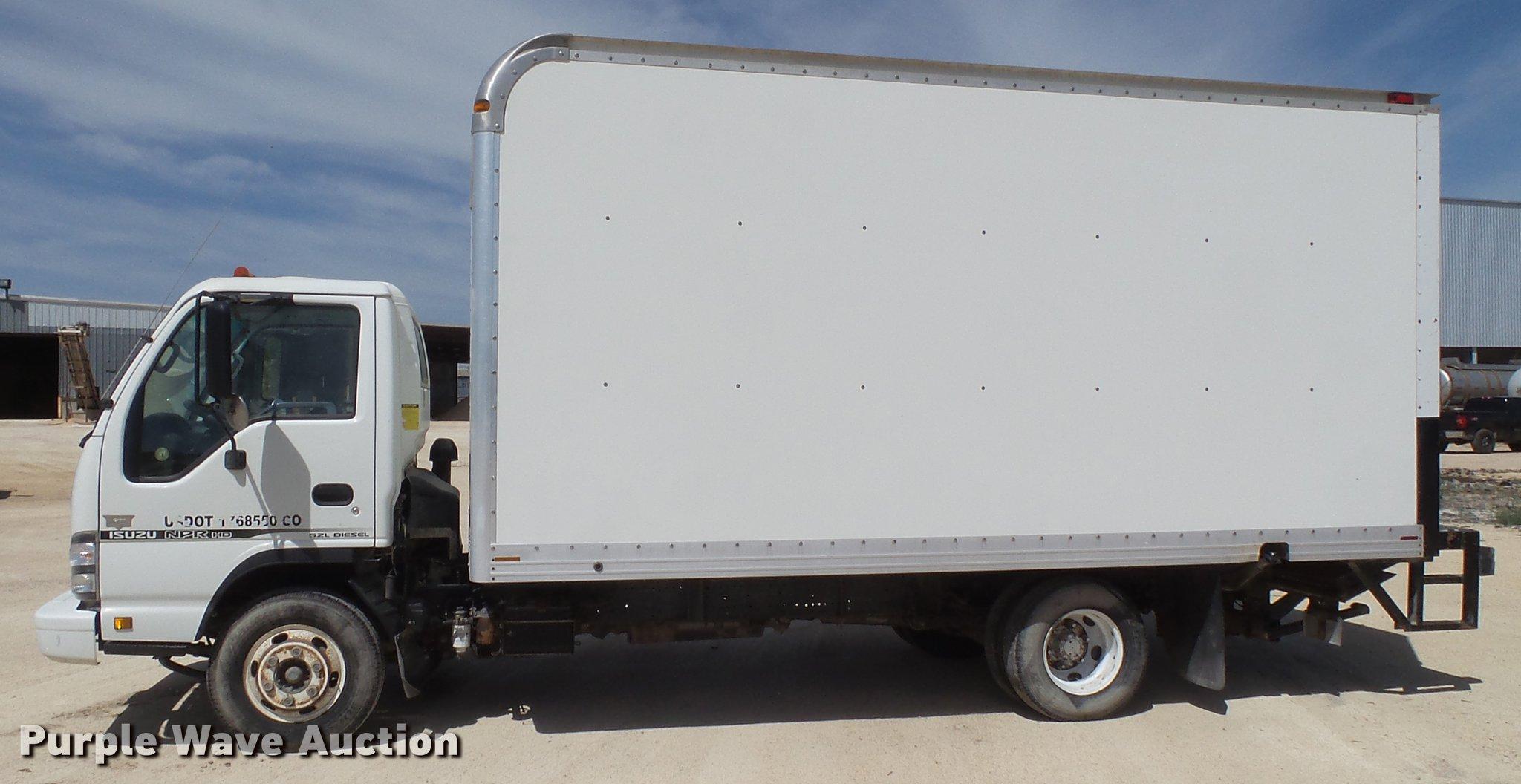 7bad76b74ce5dd ... 2006 Isuzu NPR box truck Full size in new window ...