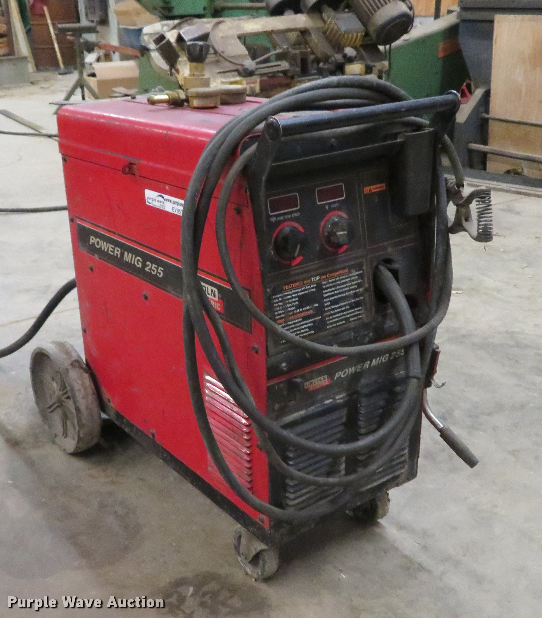 Lincoln Power MIG 255 welder | Item EV9577 | Wednesday March