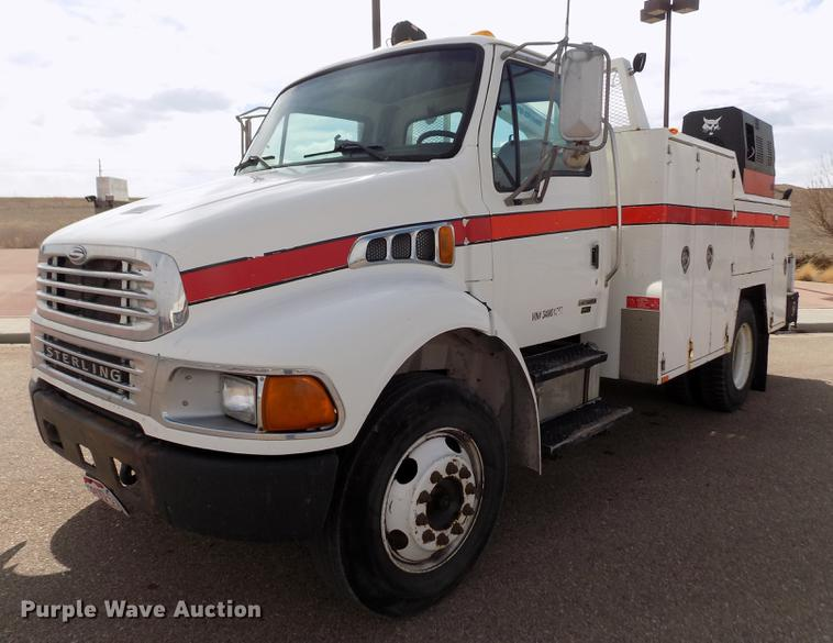2003 Sterling Acterra service truck with crane | Item FH9166
