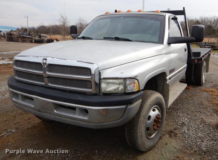 2002 dodge ram 3500 flatbed pickup truck in wilburton ok item ez9815 sold purple wave 2002 dodge ram 3500 flatbed pickup