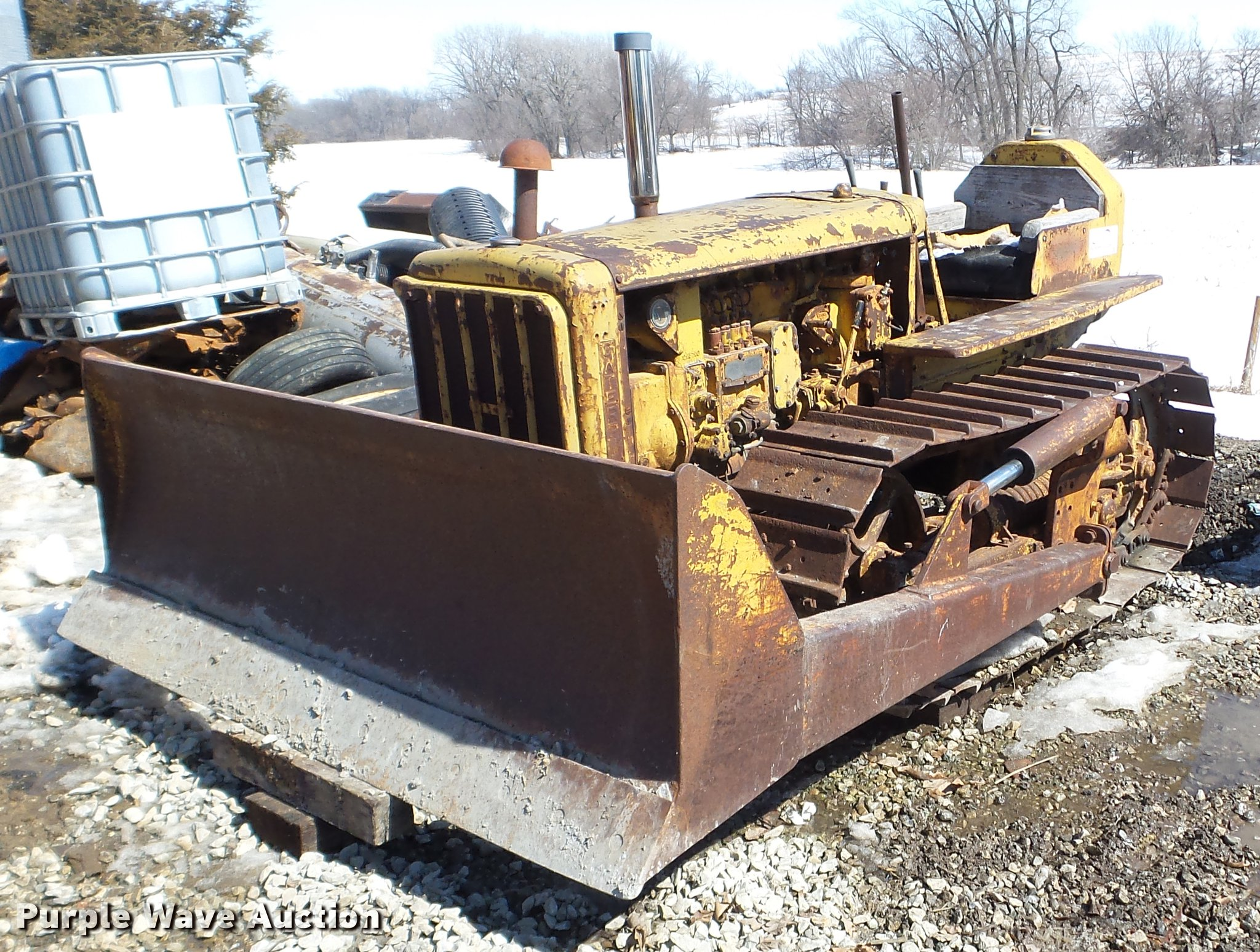 1947 Caterpillar D2 dozer | Item DE7622 | SOLD! April 11 Con
