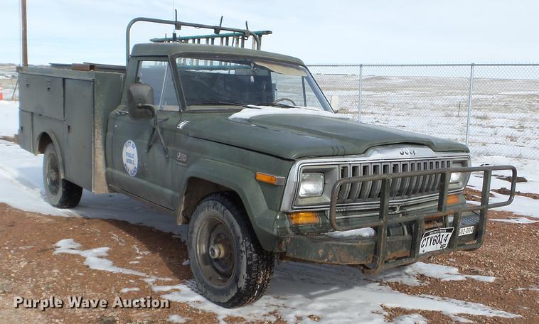 1981 Jeep J20 pickup truck   Item EJ9010   Tuesday April 16