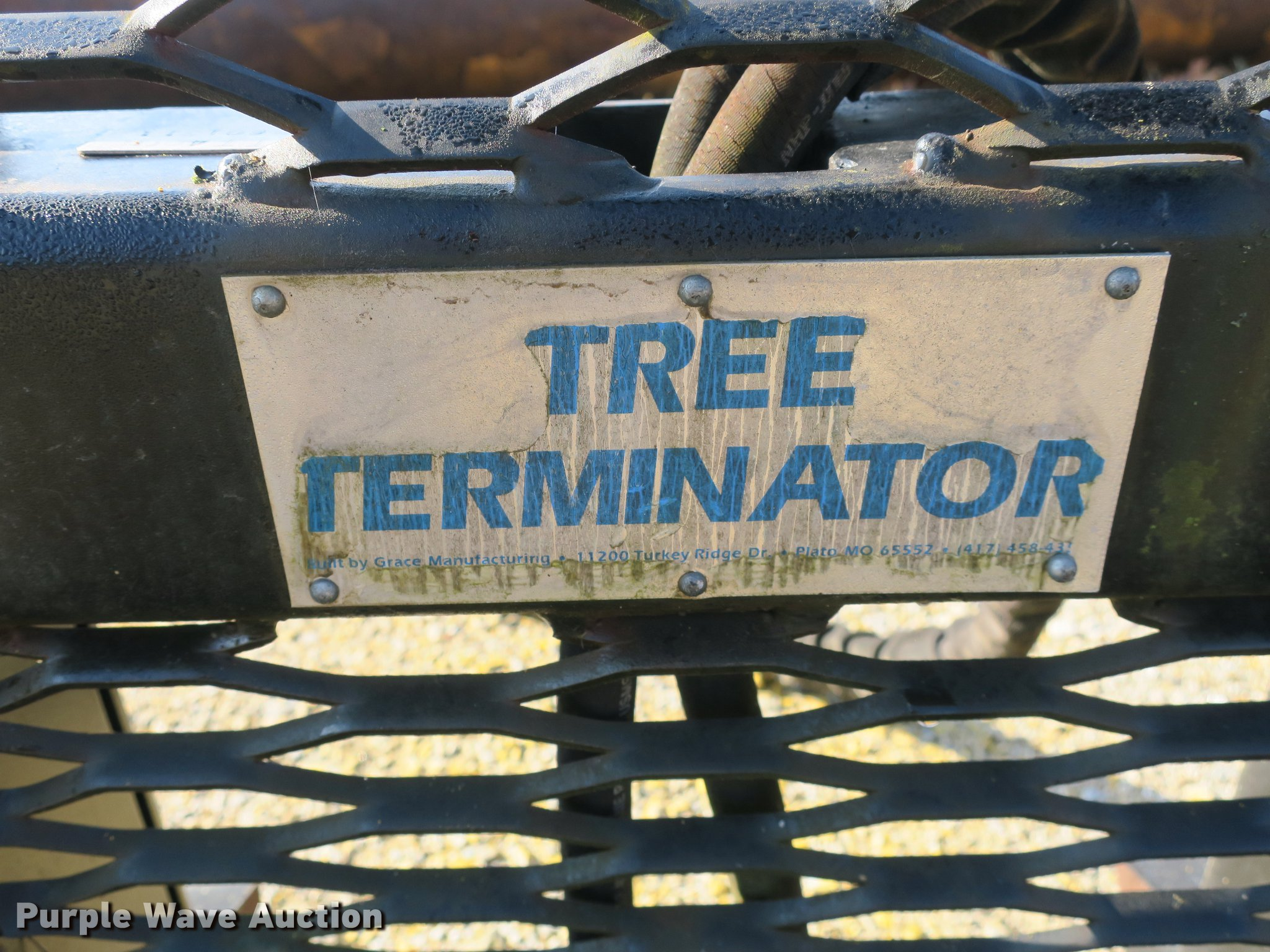 Tree Terminator TT4000 tree shear | Item DB8867 | SOLD! Apri
