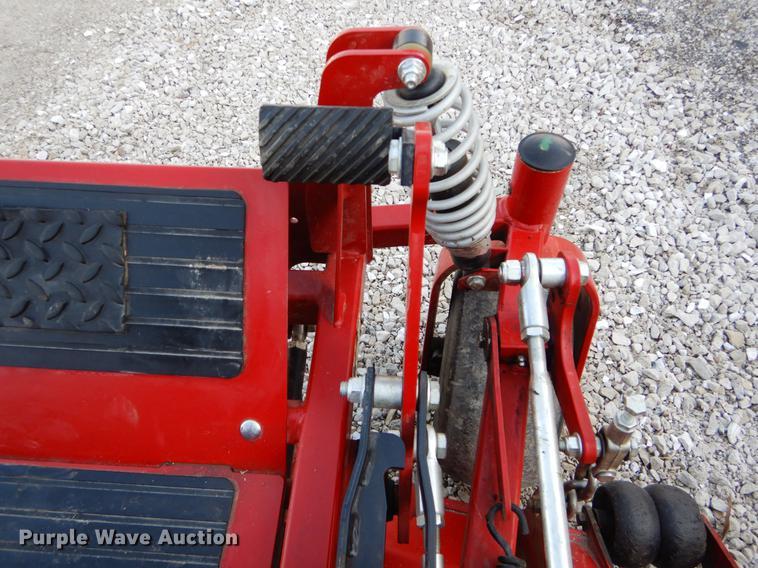 Ferris IS2100Z ZTR lawn mower | Item FI9556 | SOLD! April 24