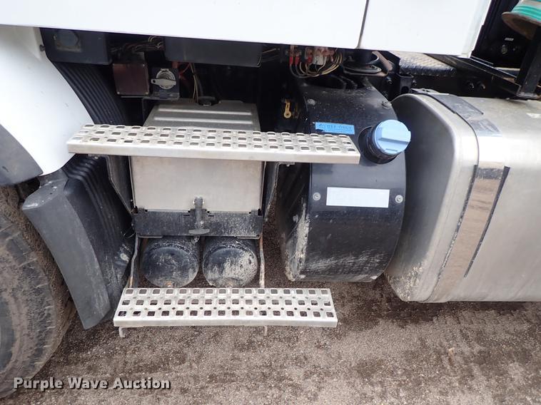 2012 Volvo VHD hydrovac truck | Item DC1350 | SOLD! April 25
