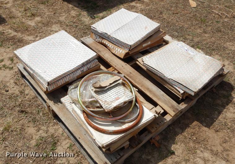 Drilling rig tools   Item EZ9877   Thursday April 25 Constru