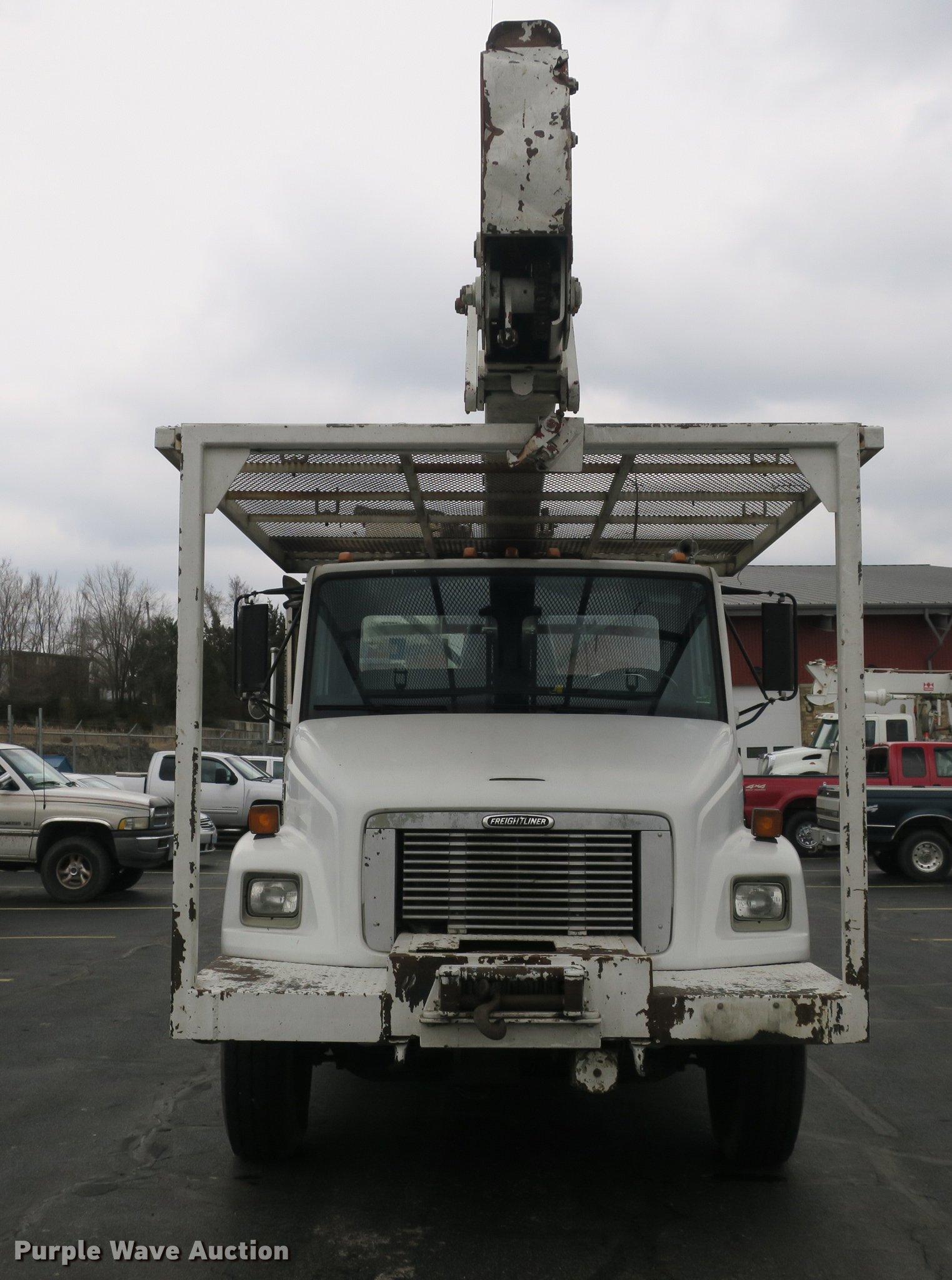 1998 Freightliner FL80 bucket truck   Item DB8870   Thursday... on