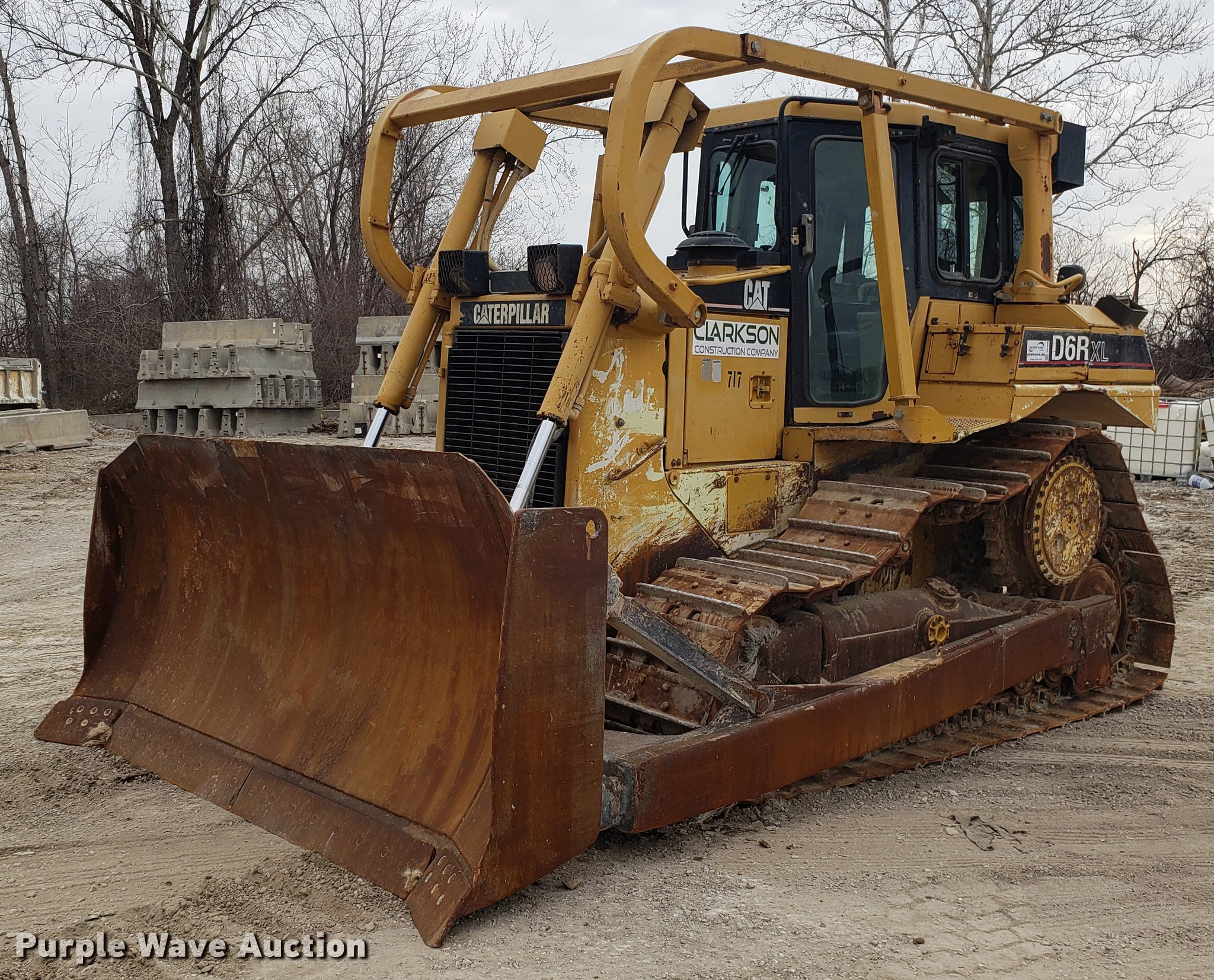 2000 Caterpillar D6R XL dozer | Item DD4008 | Thursday April