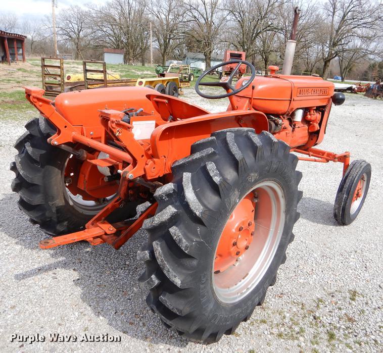 1959 Allis Chalmers D10 tractor | Item EZ9911 | SOLD! Wednes