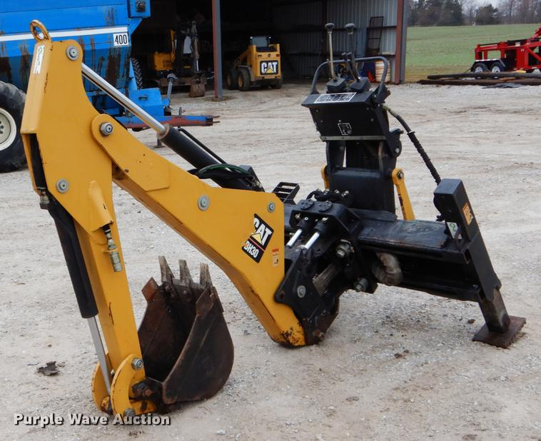 Caterpillar BH30 skid steer backhoe attachment | Item DE6082