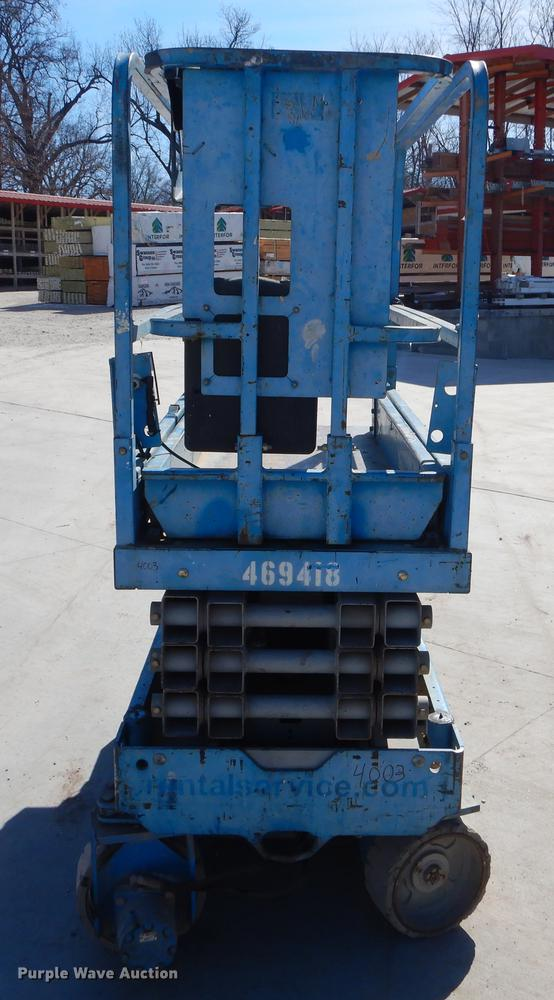 2003 Genie GS-1930 scissor lift | Item EZ9791 | Thursday May