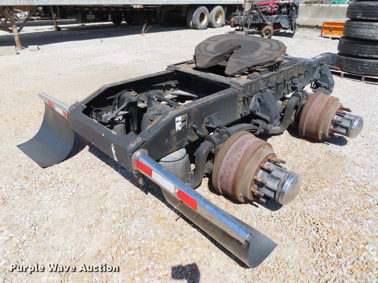 2008 Peterbilt 387 semi truck rear axle assembly | Item DI94