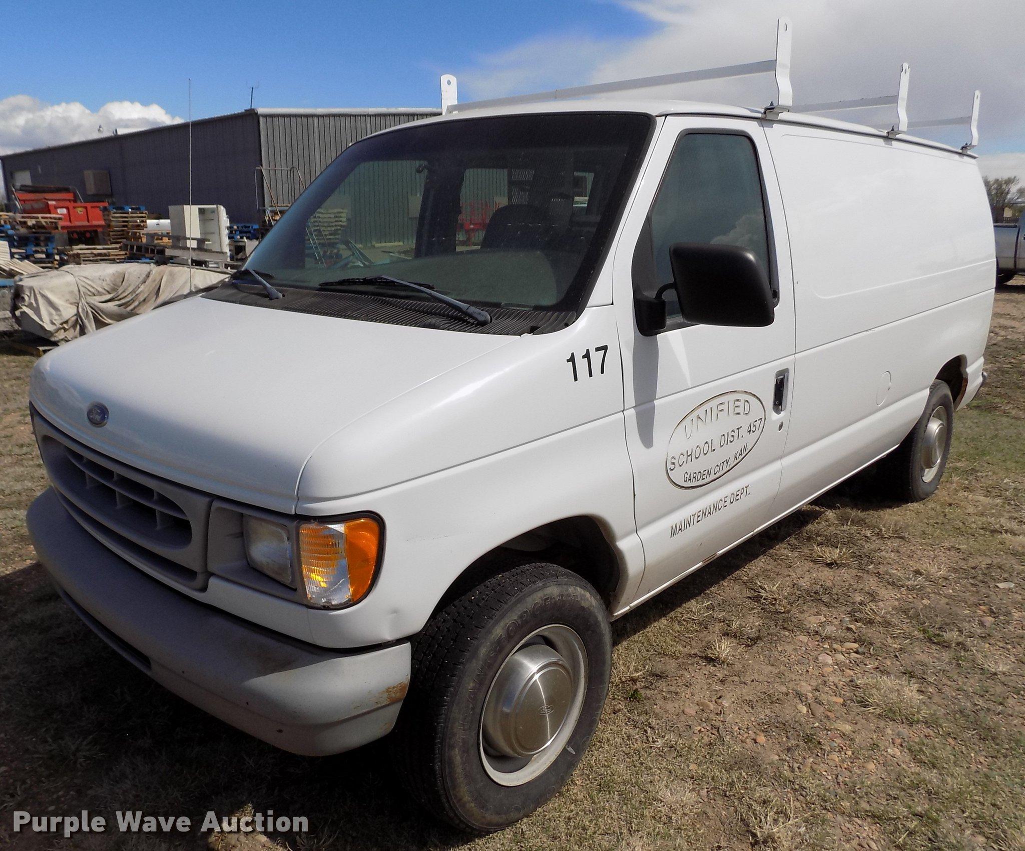 1999 e250 wheel size