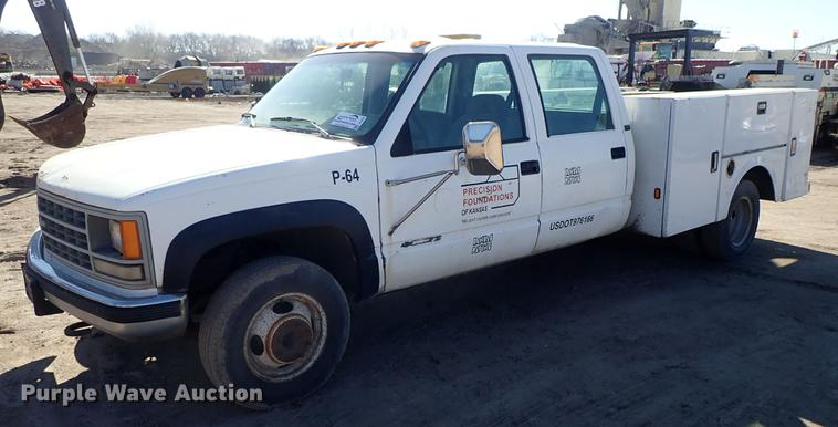 1993 Chevrolet K3500 Crew Cab utility bed pickup truck | Ite