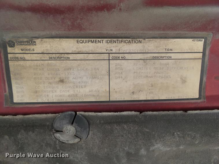 1995 Dodge Ram 3500 Club Cab flatbed pickup truck | Item EM9