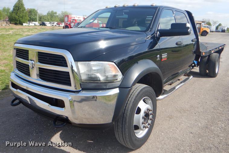 2012 Dodge Ram 5500 Crew Cab flatbed truck | Item FH9256 | S