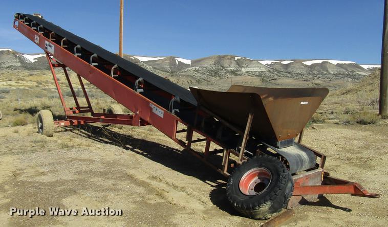 Finlay 524 stacking conveyor | Item FJ9675 | Thursday May 23