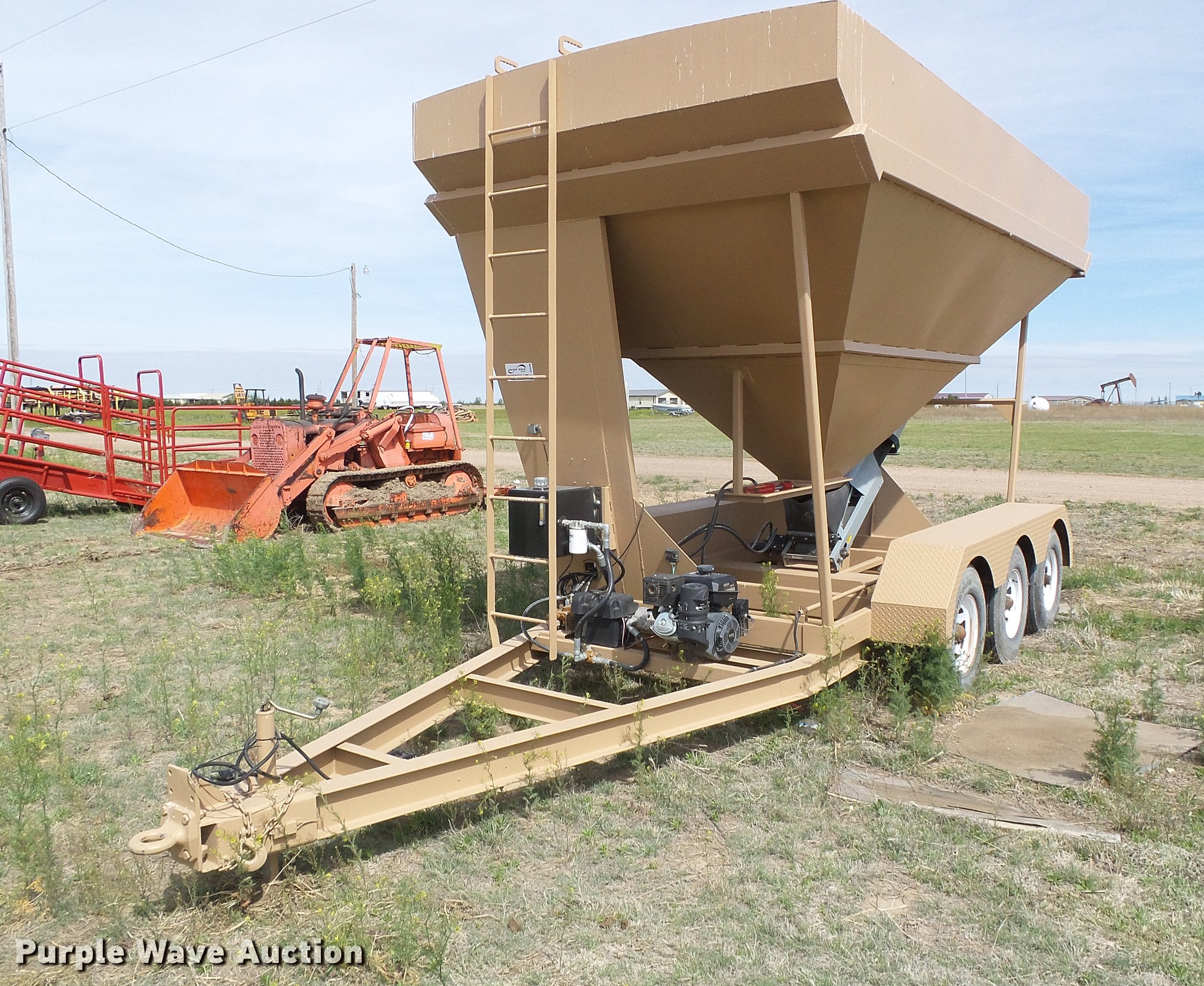 Convey All seed tender | Item DC5206 | SOLD! May 29 Ag Equip