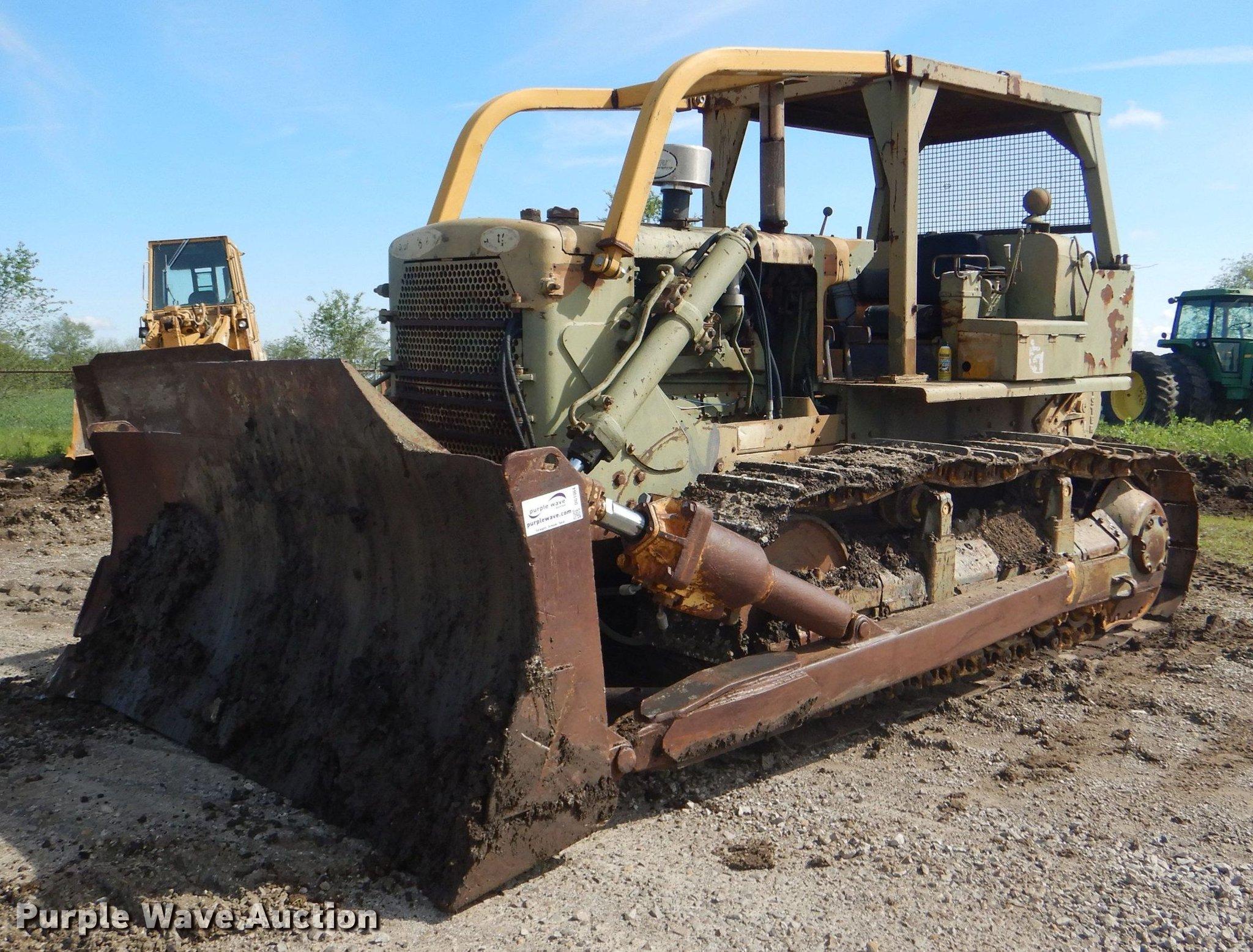 1962 Caterpillar D7E dozer | Item DG1064 | Tuesday June 4 Go