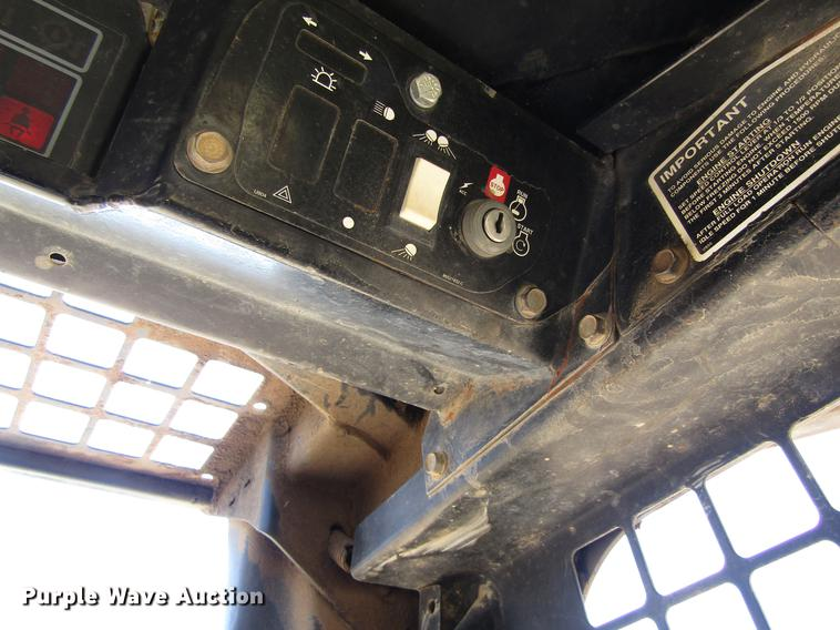 1998 New Holland LX865 skid steer | Item DB4942 | SOLD! June