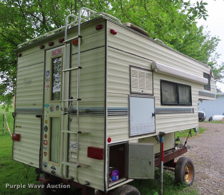 1990 Sunlite Hideaway slide-in camper | Item DE3557 | SOLD!