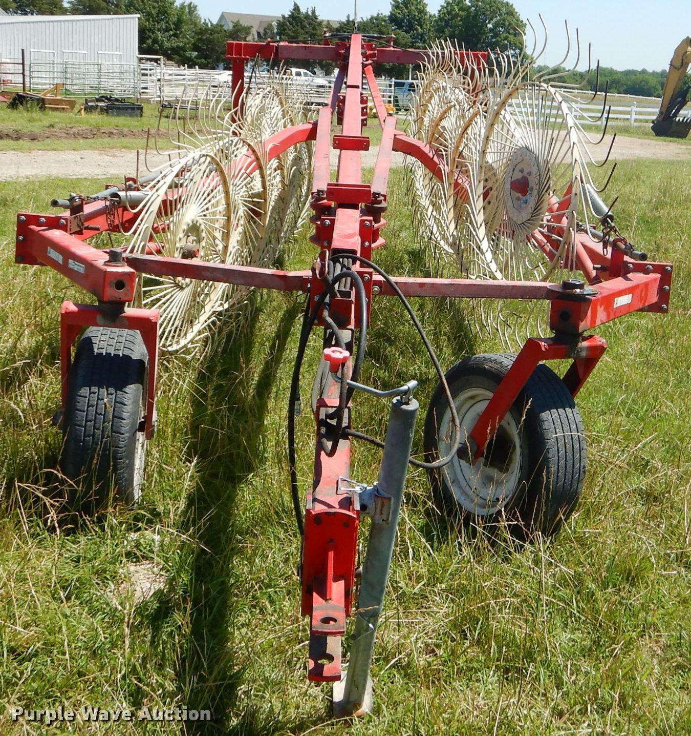 2003 Enorossi 12+3 hay rake | Item ED9312 | SOLD! July 17 Ag