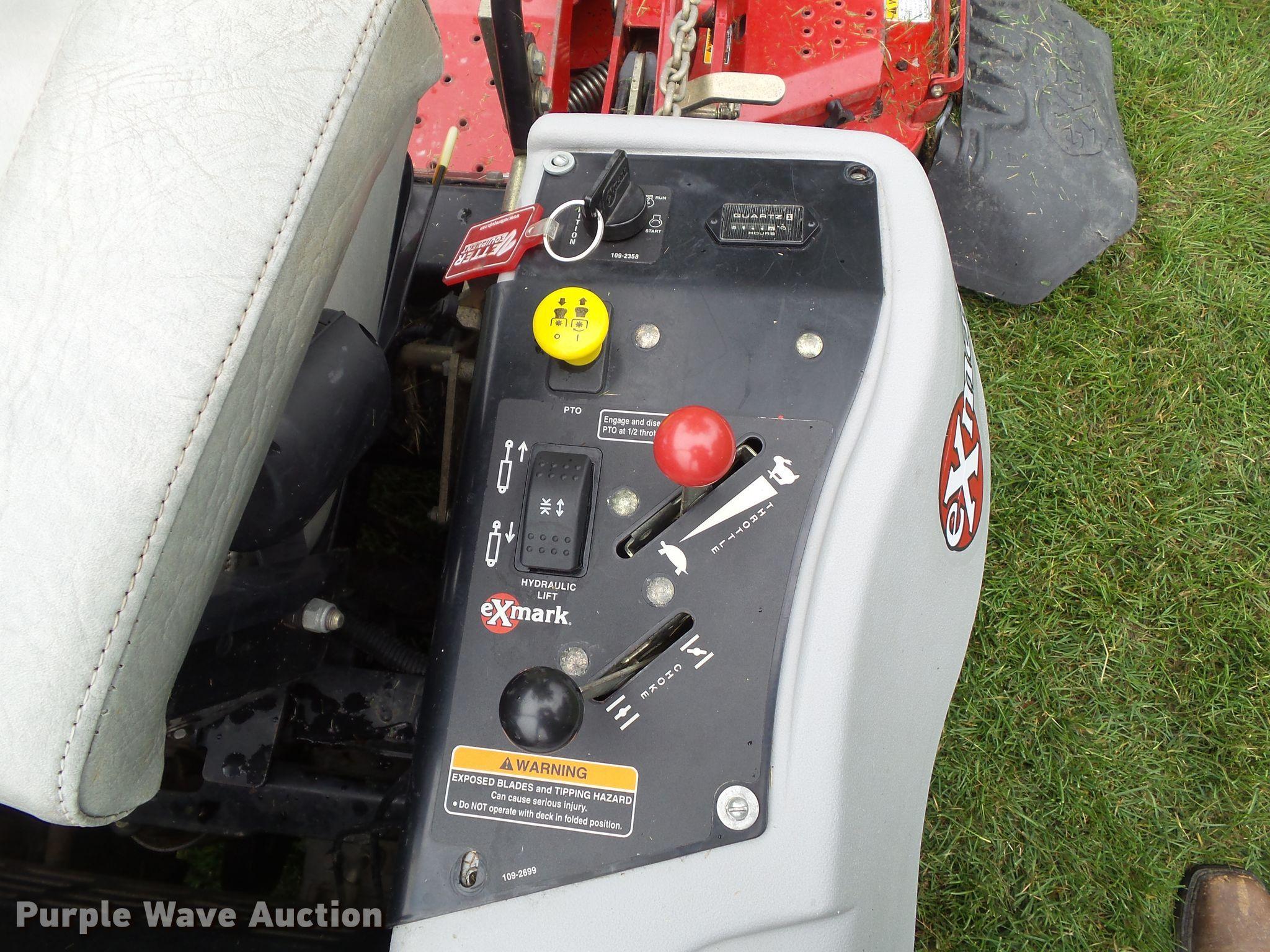 Exmark Front Runner FR23KC lawn mower | Item EM9765 | SOLD!