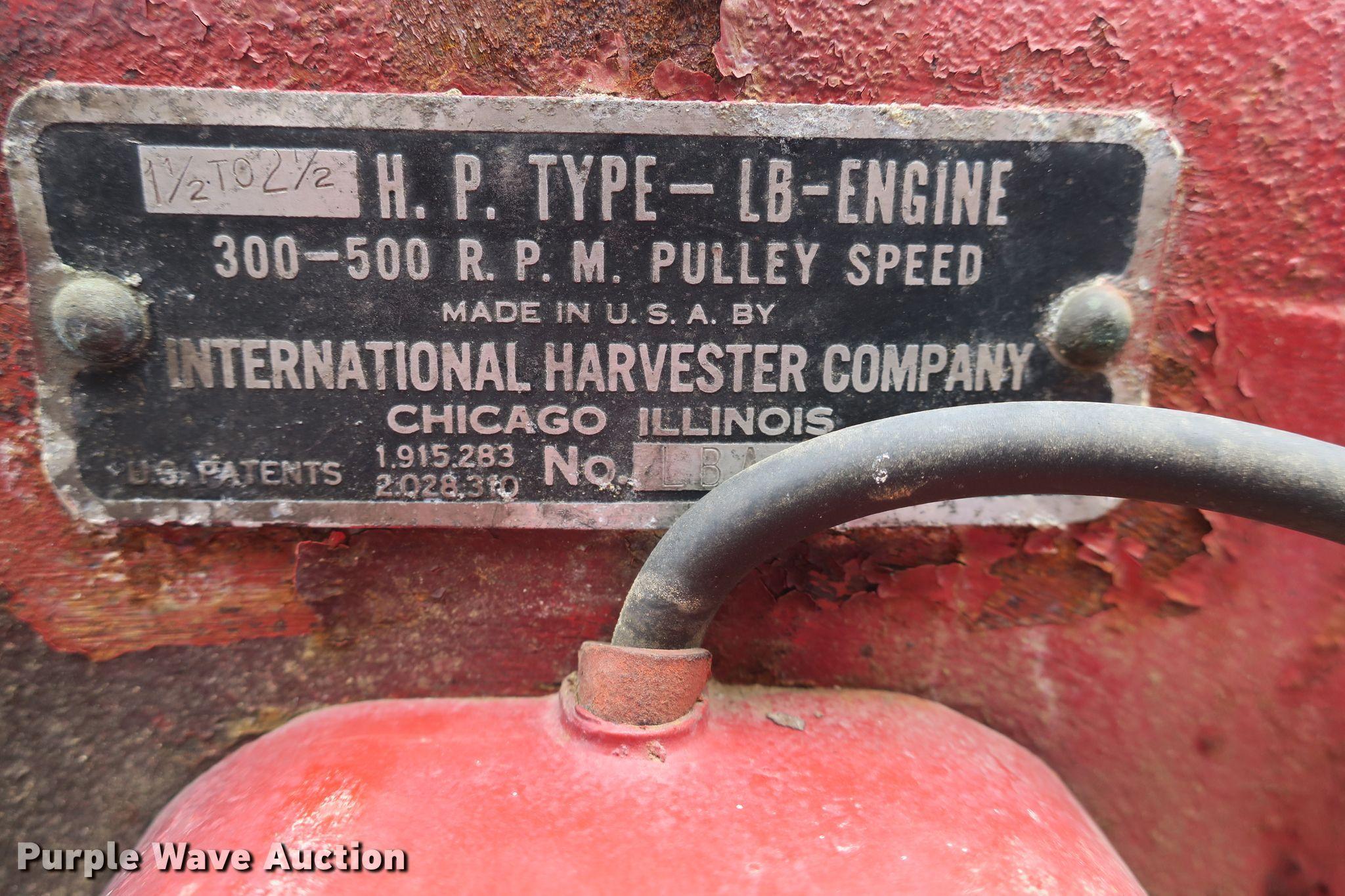 International single cylinder hit and miss gas engine | Item