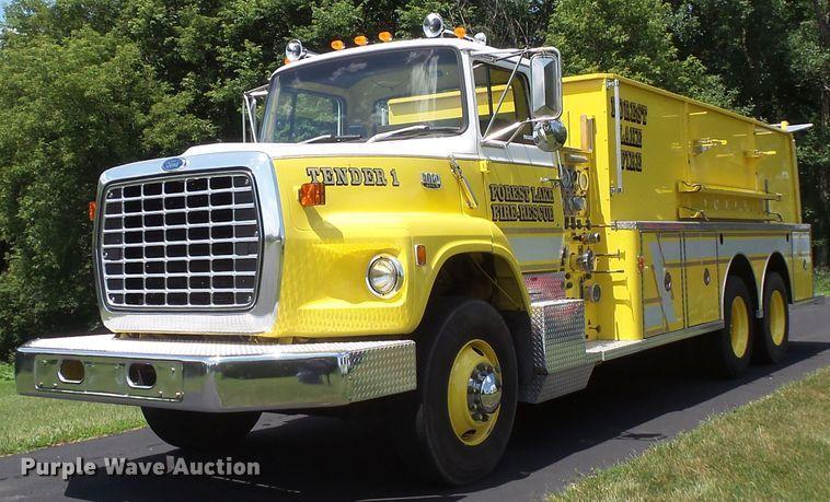 Public Auction Sale: Vehicles and Equipment Auction - Manhattan, KS