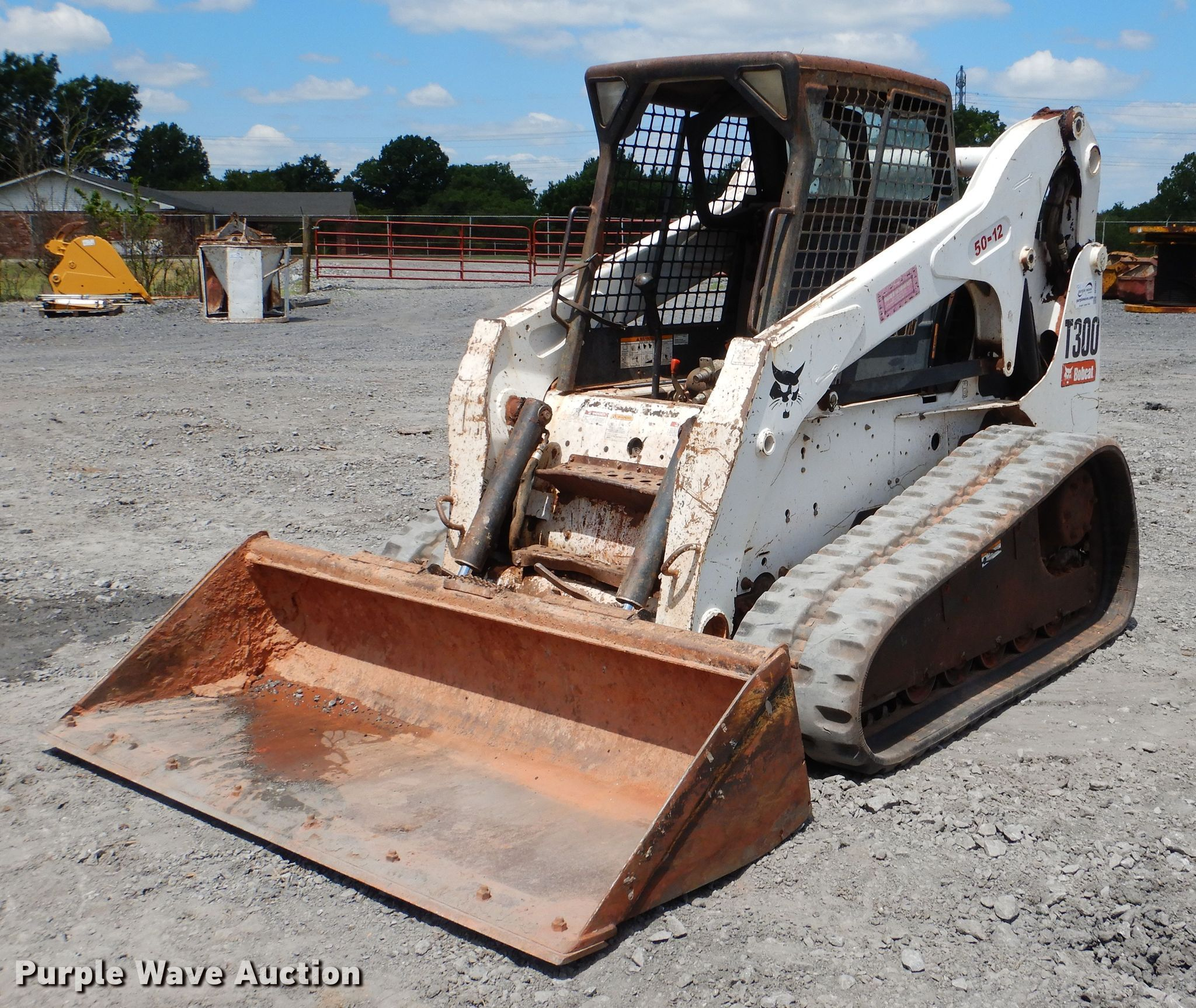 2007 Bobcat T300 skid steer | Item DF2201 | Thursday August